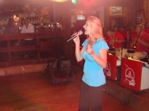Nicole Singing